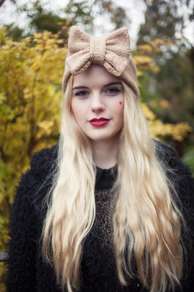 Tan Knitted Bow Headband, Knitted Headband, Knit Headband, Oversized Bow Headband, Cute and Cosy Ear Warmer in Camel