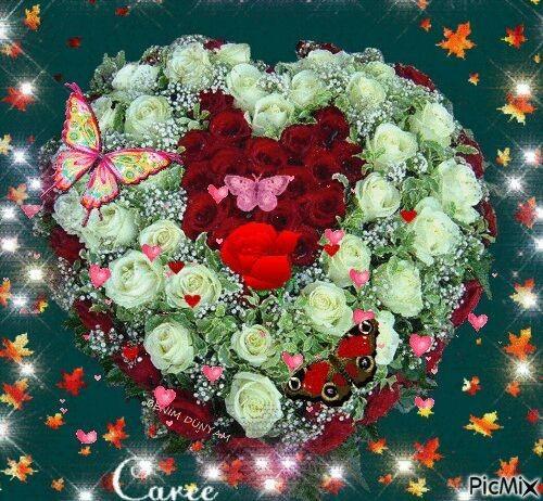 أنقى البشر من لايستطيع كره شخص أحبه يوماً ما، مهما فعل ، فالقلوب النقية تحب فقط ولاتعرف للكره طريق !! صباح الطيبه والاحساس