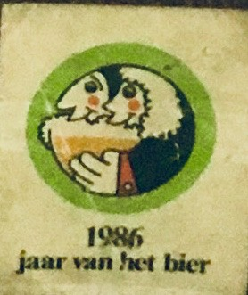 De eerste Dauwtrip ging door in Denderbelle in 1986. Dit jaar was het ook het jaar van het BIER.