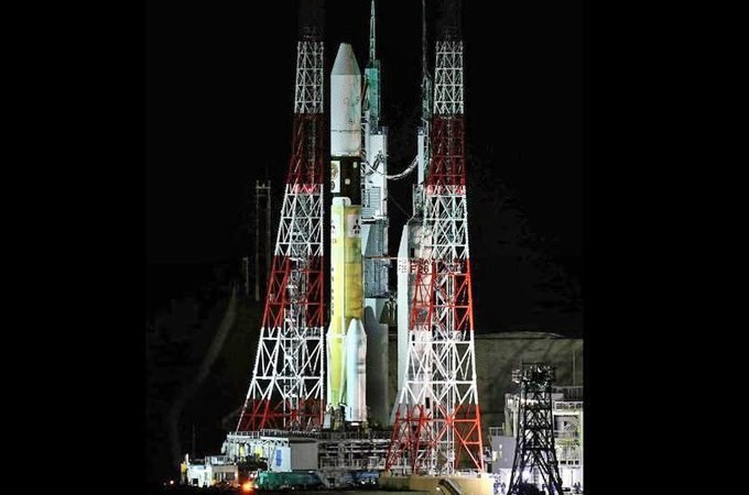 Japan launches asteroid-hunting spacecraft