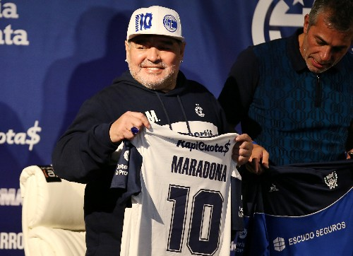 Argentines welcome Maradona as coach of local club Gimnasia y Esgrima