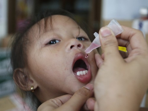 Philippines to vaccinate millions as polio virus resurfaces