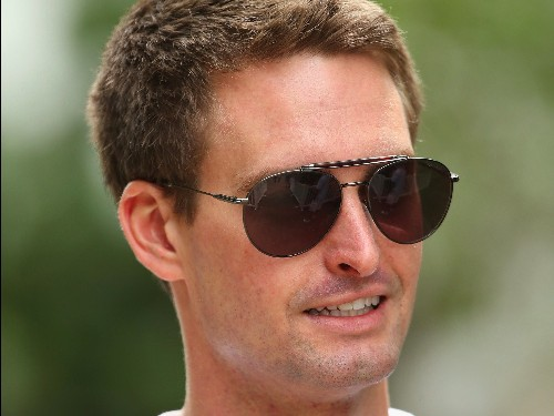 Why Snapchat is 'the one to watch in 2016' — at the expense of Twitter