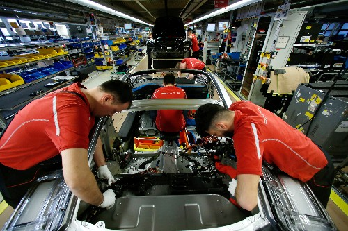 German manufacturing recession deepens, weakest showing in 7 years: PMI