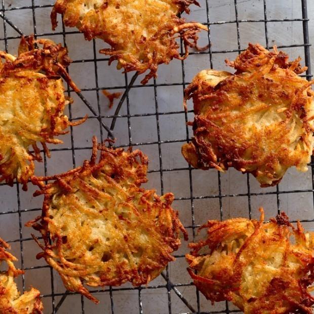 How to Make Crispy, Crunchy, Golden-Brown Latkes
