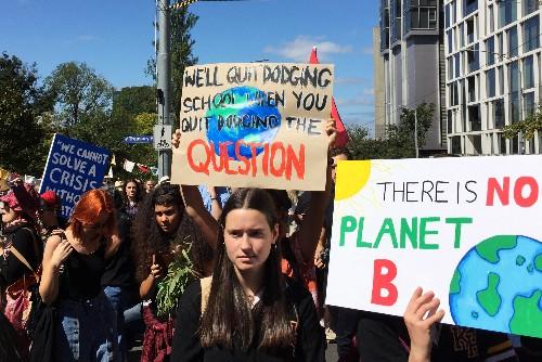 Climat: La Grève scolaire mondiale débute en Océanie et en Asie