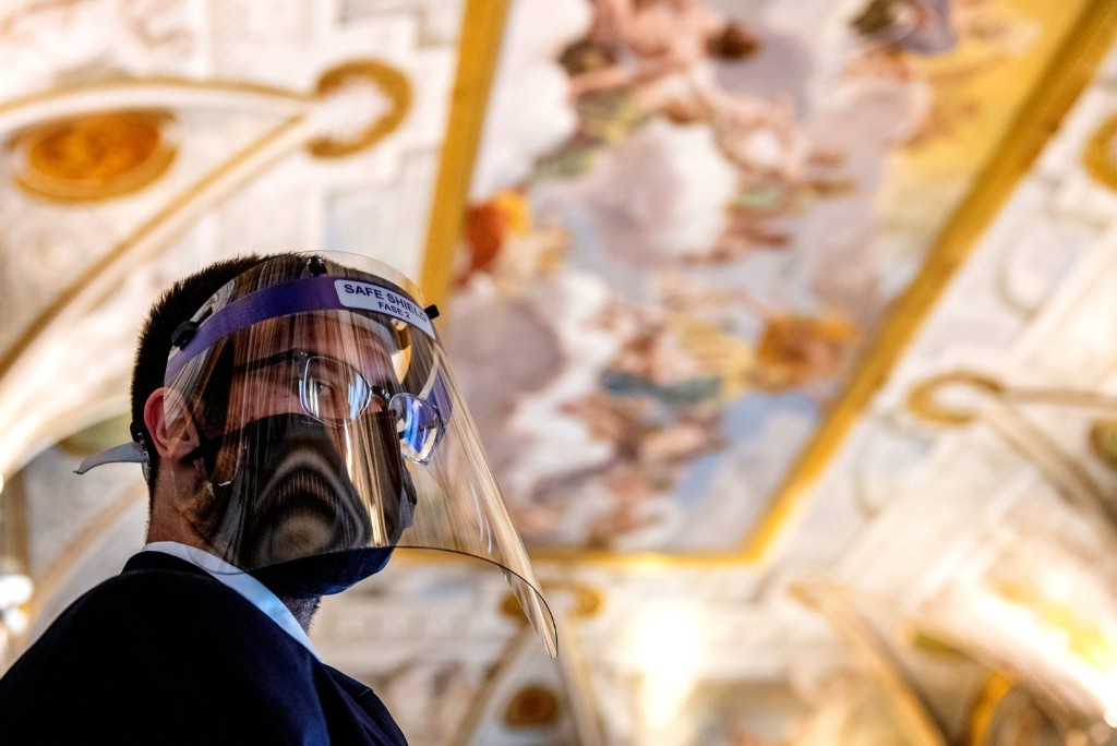 Museums in Italy Reopen: Pictures