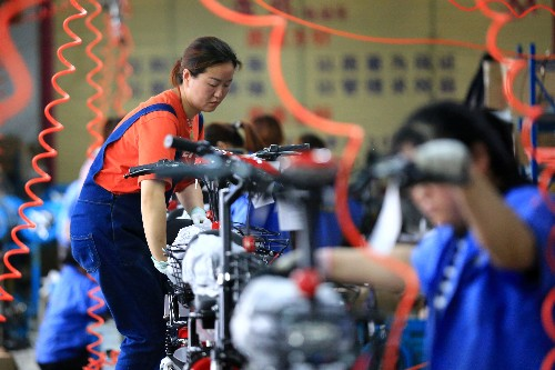 China producer prices fall for first time in three years, deflation worries resurface