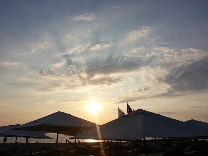 Sahil, akşam güneşi ve huzur (Balıkesir/Ören)
