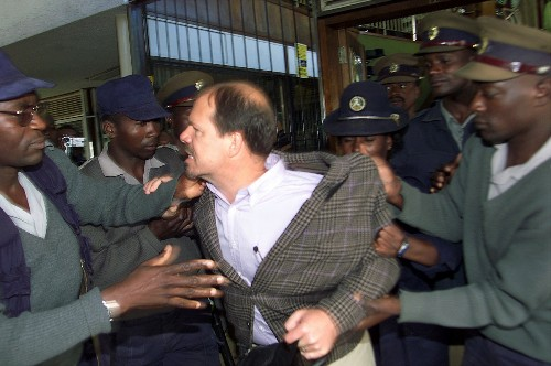 'Welcome back' _ a reporter's fraught re-entry to Zimbabwe