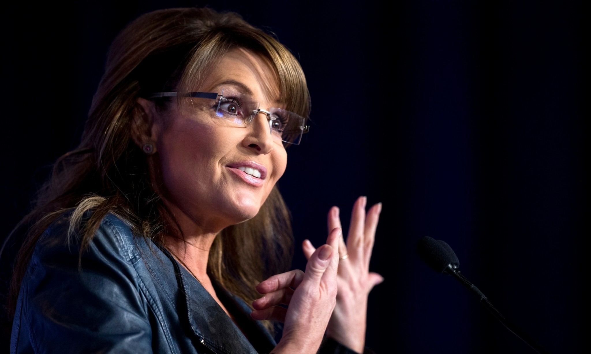 Sarah Palin sparks Facebook fury over images of son stepping on dog