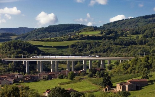 Just Back: A train journey through a France in flux