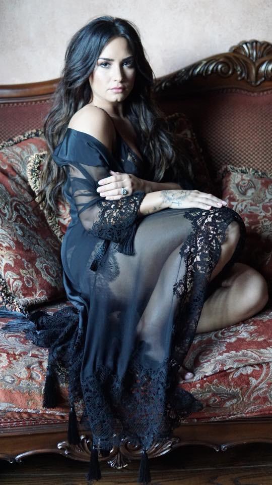 Demi Lovato - Magazine cover
