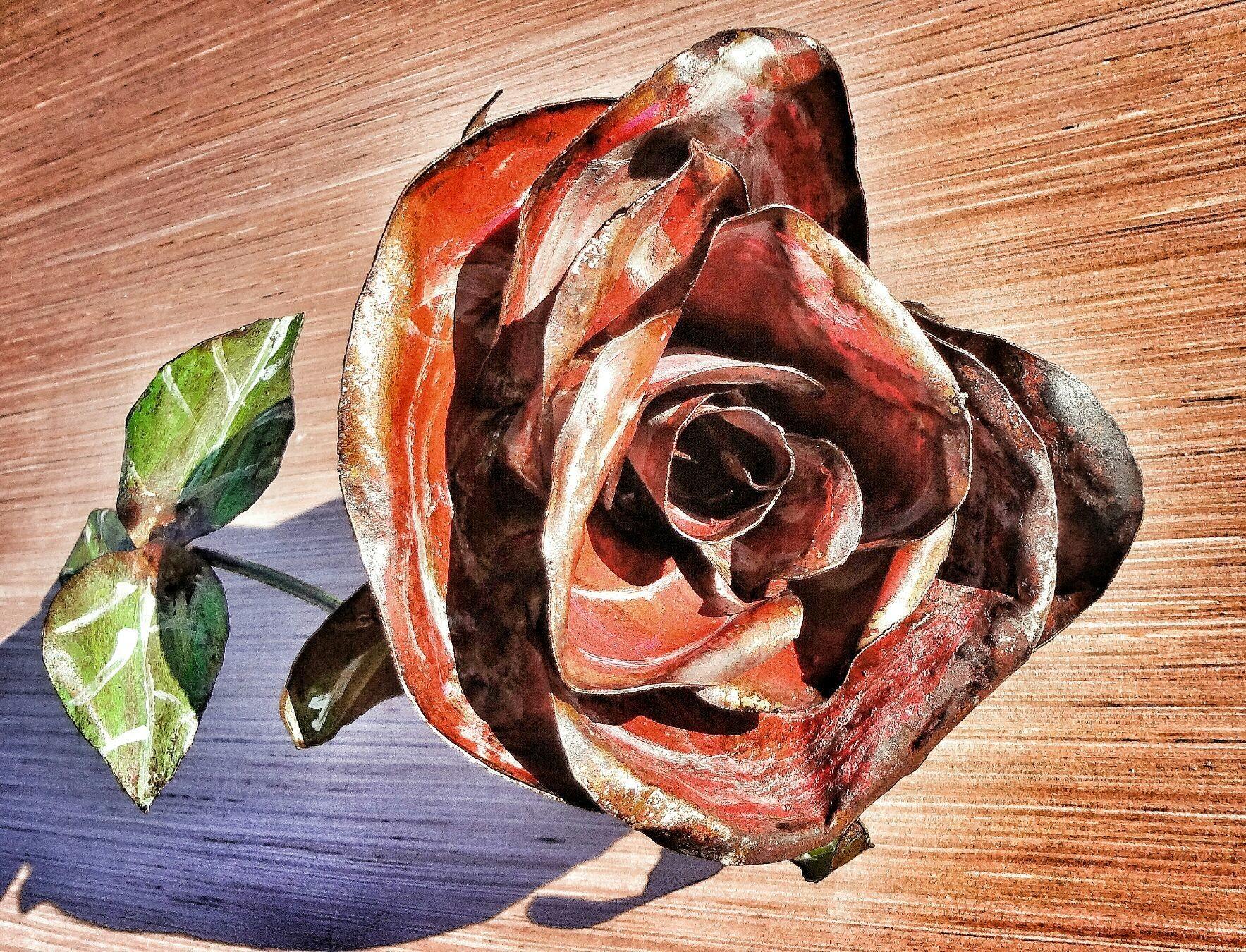 #TheBeardedWelder #MetalArt #TheBeardedWelder #MetalArt #rose #heaven #hell #sculpture #flower #hope #newyear #karma #origina #chive #chivette #saturday #sunday #beard #slipknot #clutch #marketplace #icehouse #pi