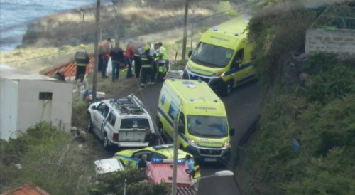 Bus carrying Germans crashes, kills 28 on Portugal's Madeira