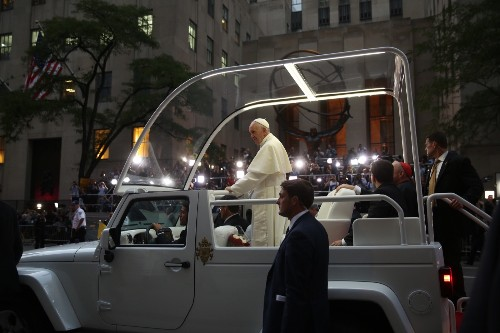 Pope Francis Arrives in New York City: Pictures