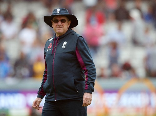 Cricket: World Cup-winner Bayliss to coach IPL's Sunrisers Hyderabad after Ashes