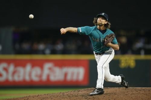 MLB roundup: Mariners' Leake falls just short of perfection