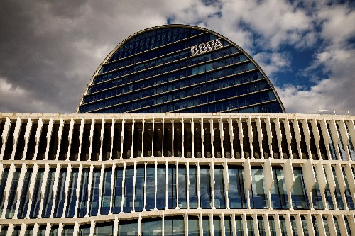 Spain's central bank calls on BBVA to look closely at spying accusations