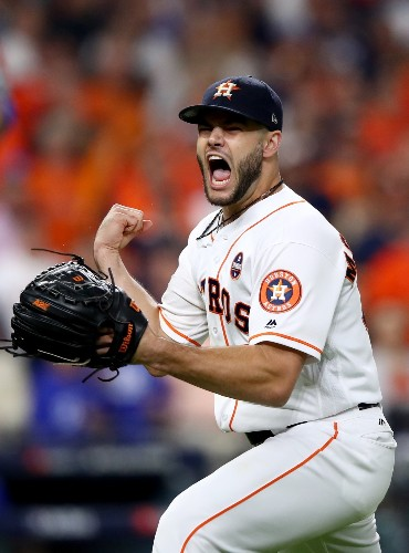 Astros Take Game 3, Lead World Series 2-1: Pictures