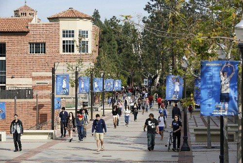 New parent charged in admissions scam, linked to $400K bribe