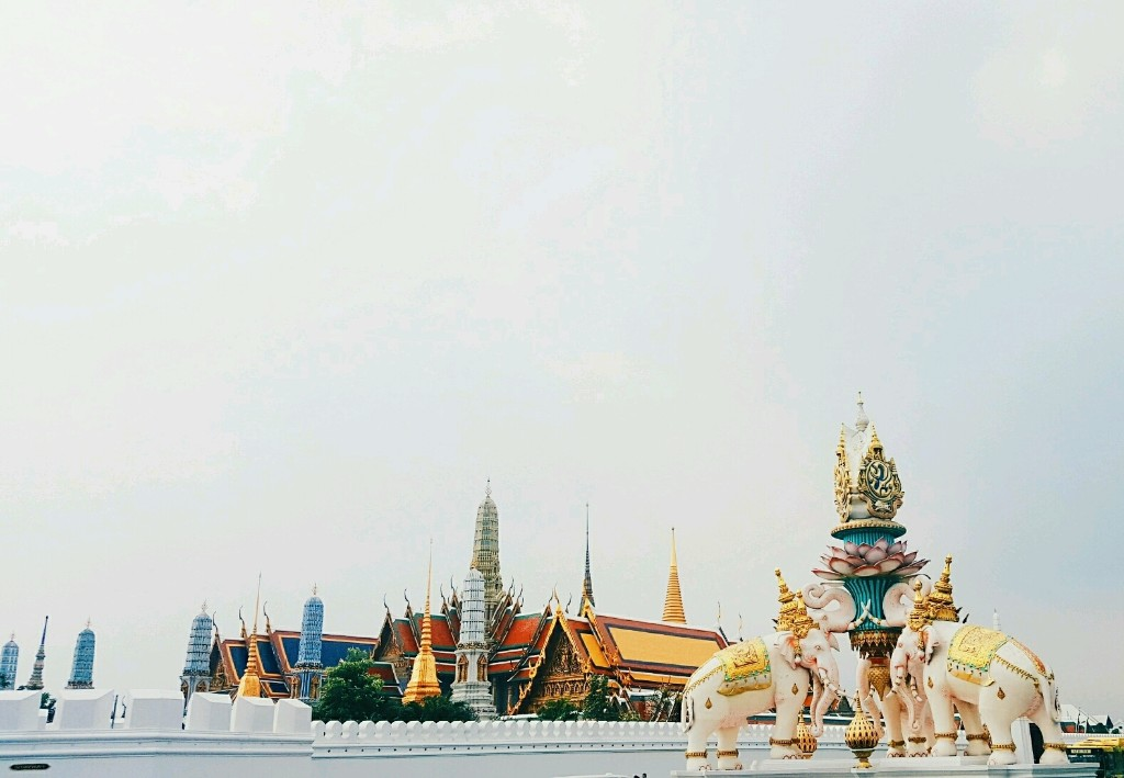 THAILAND - Magazine cover