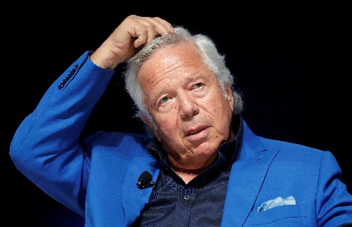 Patriots owner Kraft wants jury trial in Florida prostitution case