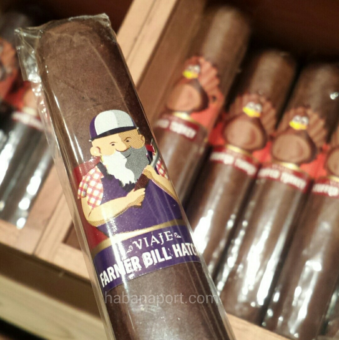 The turkeys are here. From Viaje's Thanksgiving batch comes the Stuffed Turkey White Meat and Dark Meat and the Farmer Bill Hatchet cigars. www.habanaport.com