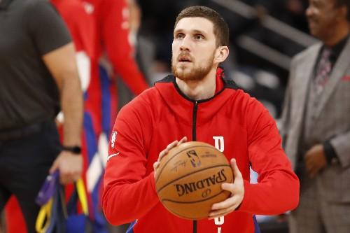 Pistons send Kings to sixth straight loss