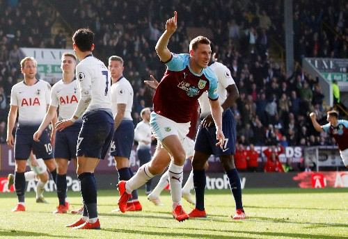 Soccer: Spurs' hopes crash at Burnley, Huddersfield lose again