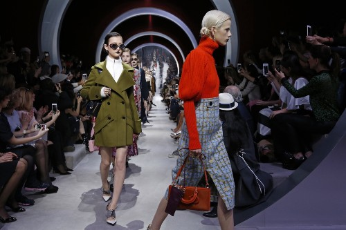 The Dior Show During Paris Fashion Week: Pictures