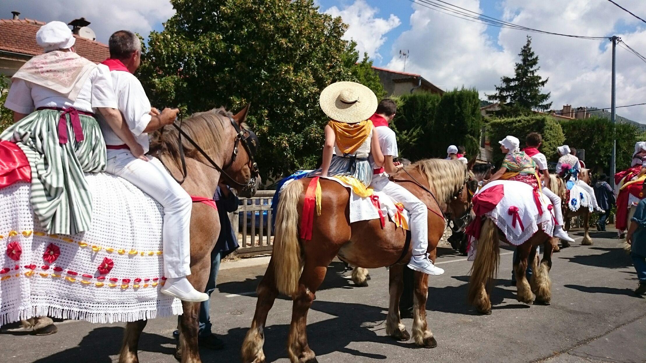 Traditions en Pays d'Aubagne et de l'Étoile - cover