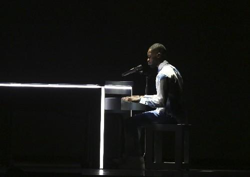 Rapper cites Meghan at UK music awards, wins album of year