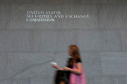 U.S. markets regulators reach deal on Dodd-Frank swaps capital rules