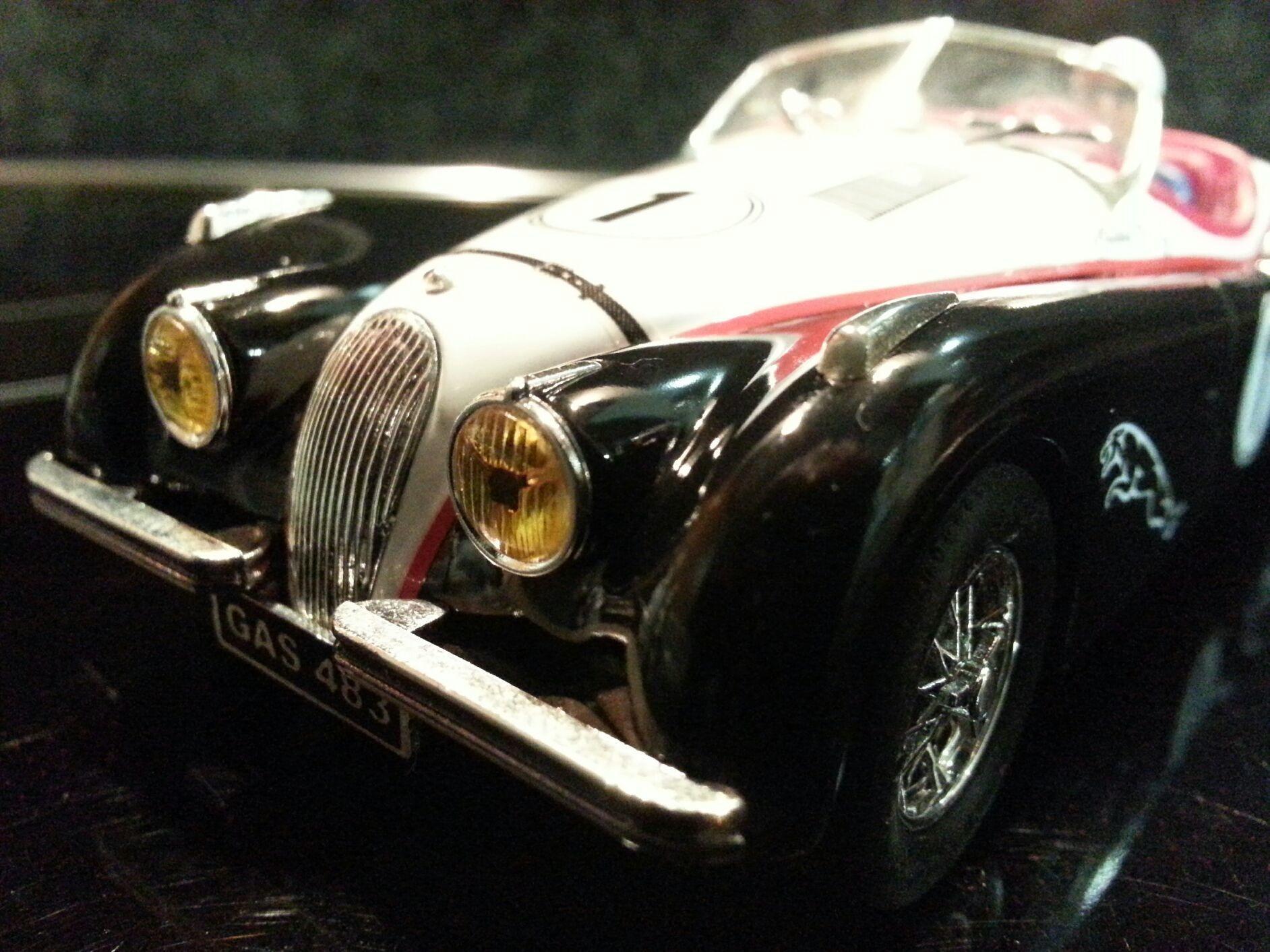 Jaguar XK120 por SDH Diseños