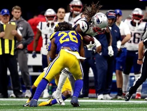 Report: Steelers add former Rams linebacker Barron
