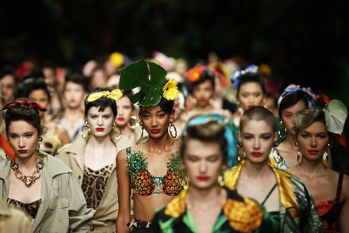 Gucci takes a kinky turn; Dolce&Gabbana give a jungle roar
