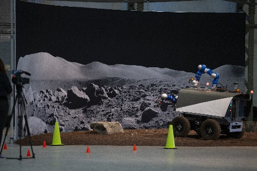 European Space Agency gets more funds, also for Moon mission