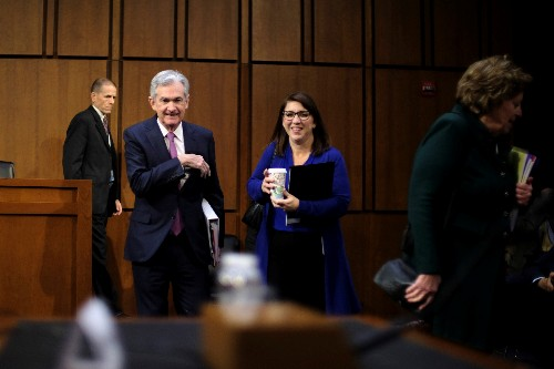 Fed chief Powell pushes back on negative interest rates