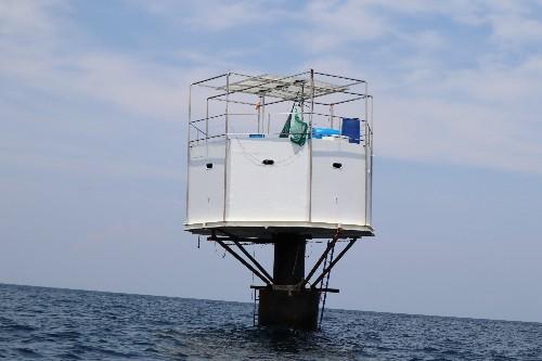 """Before raid, """"seasteaders"""" planned floating resort off Thailand"""