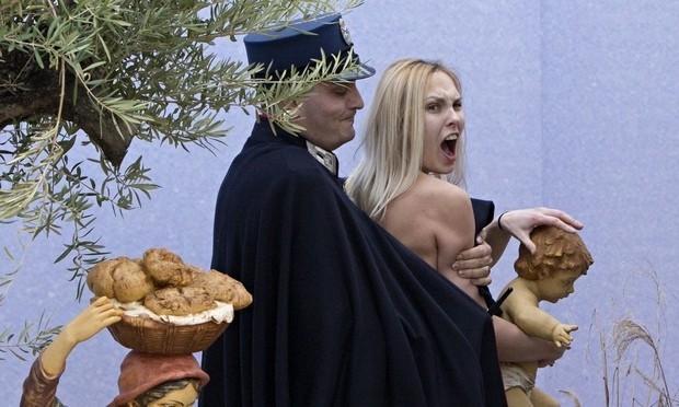Femen activist who stole St Peter's Square Jesus could face Vatican trial
