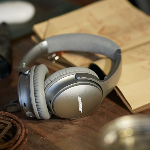 Bose's QuietComfort headphones finally go wireless
