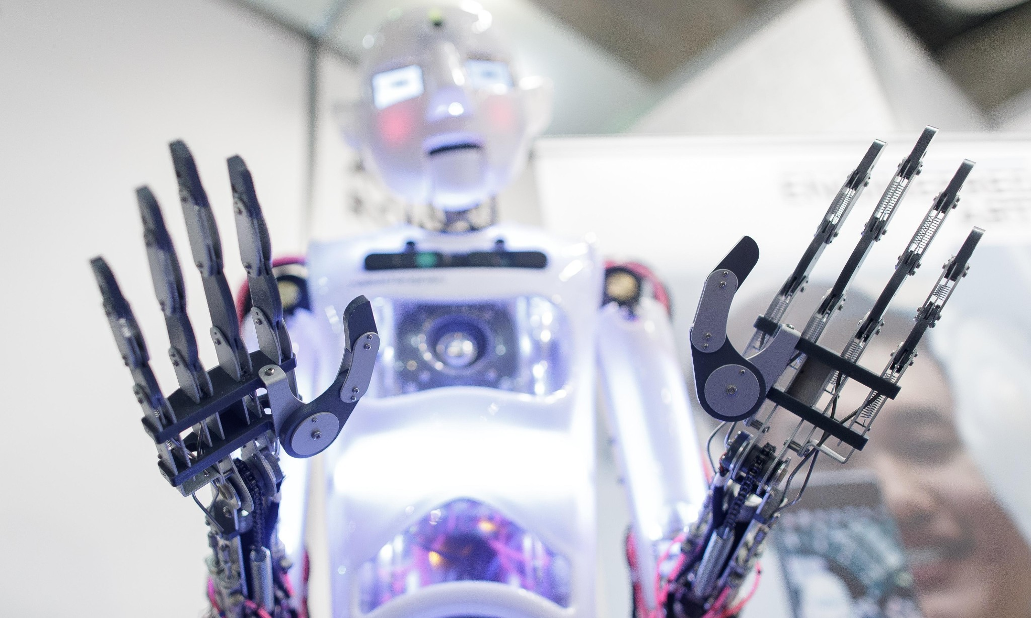 Robots 'could replace 250,000 UK public sector workers'