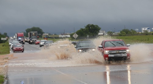 Severe Weather Rips Through the Plains: Pictures
