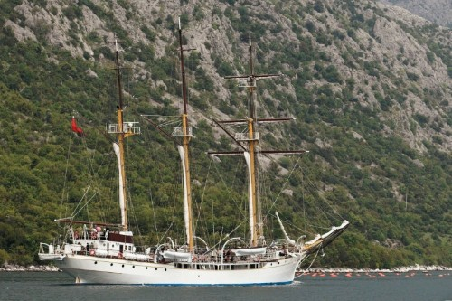 Montenegrin authorities seize drugs on navy training ship