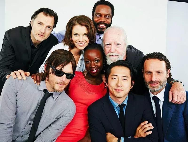 A quinta temporada stréia no dia 14 de outubro !!! Se preparem Walkers , vem muita emoção por aí ! ! !