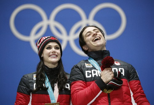 Canadian ice dancers Virtue and Moir announce retirement
