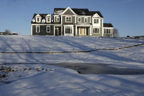 US average mortgage rates fall; 30-year at 4.28 percent