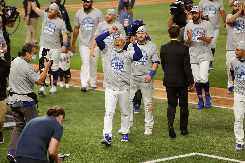 Dodgers aim to end 32-year wait for World Series title