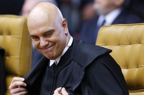 Com quatro votos favoráveis a restringir foro privilegiado, julgamento no STF é suspenso por pedido de vista